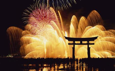 New-Years-Eve-In-Japan-4